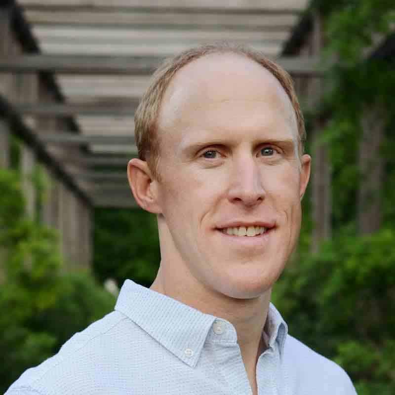 Eric Djenge, MD